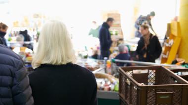 Germania inchide mai multe magazine din cauza noului coronavirus