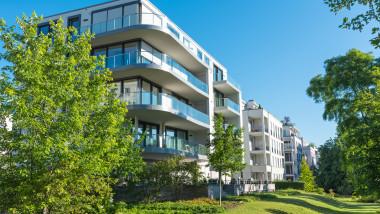 clădire modernă de apartamente
