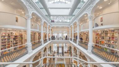 Libraria Carturesti Carusel din Centrul Vechi
