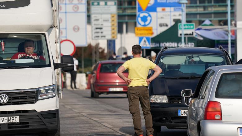 Long Queues And Tight Restrictions At German-Polish Border Following Coronavirus Measures