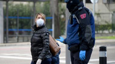 Loalnicii din Spania sunt avertizati sa ramana in case, din cauza noului coronavirus