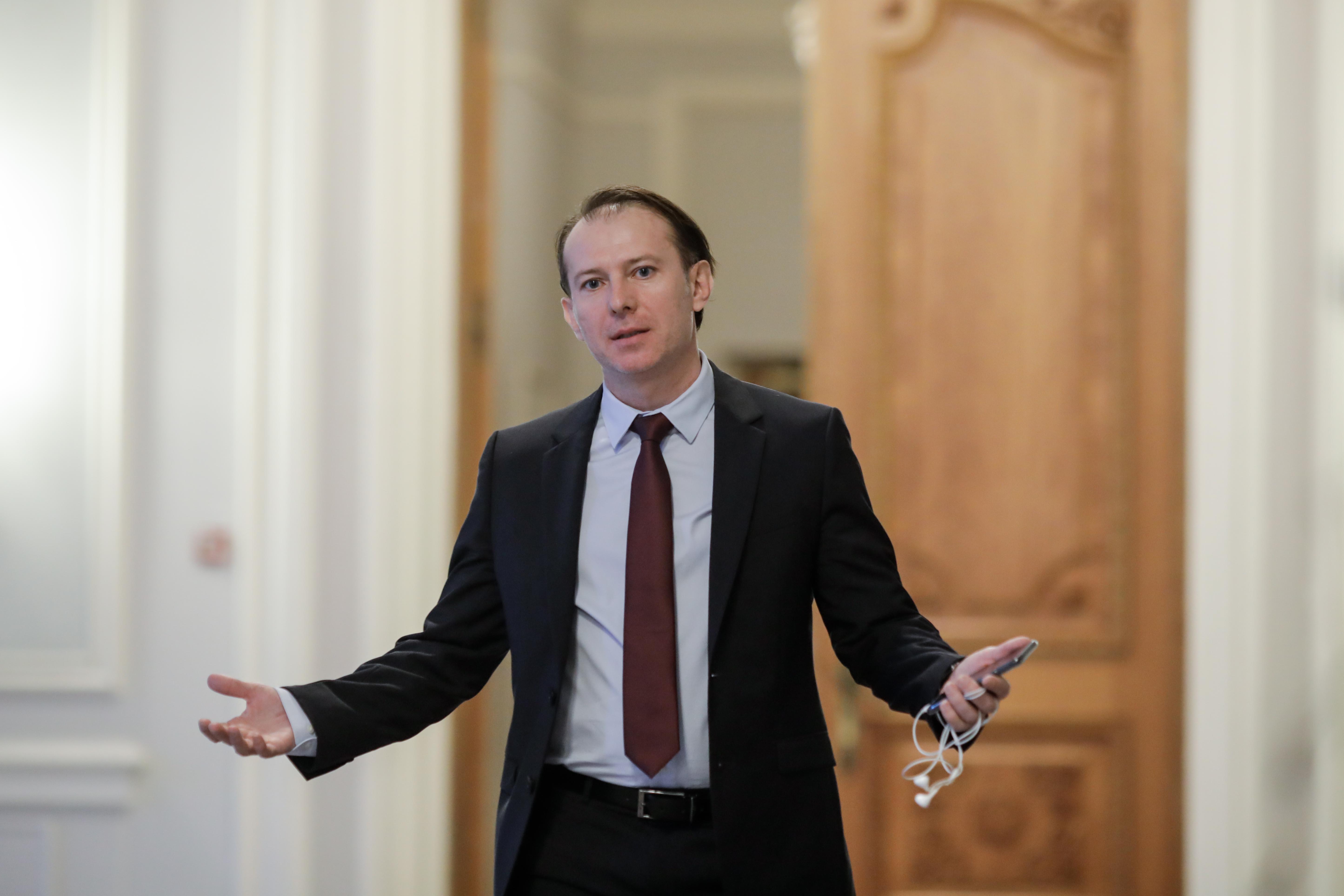 """Amanarea ratelor. Ministrul de finante, despre """"dobanda la dobanda"""": Intr-o economie nu exista nimic gratuit"""