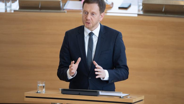 Dresden, Germany. 18th Mar, 2020. Michael Kretschmer (CDU), Prime Minister of Saxony, addresses the members of parliament during the session in the Landtag. Due to the spread of the novel coronavirus, the state parliament will only meet on Wednesday this