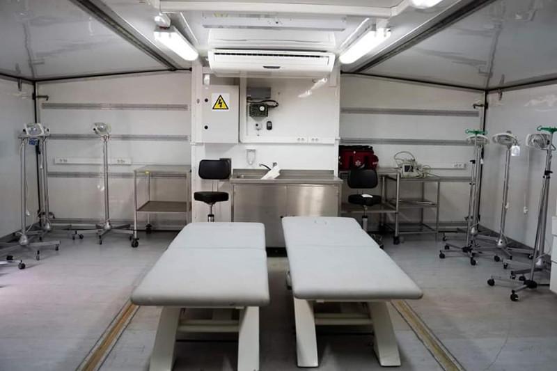 interior spital mobil Rol 2 cnstruit de MApN pentru tratarea cazurilor uşoare şi medii de coronavirus