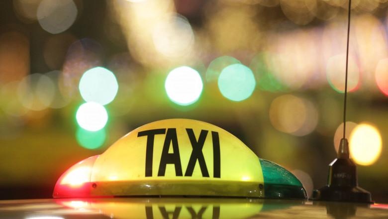 lampă taxi