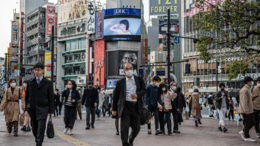 Japonezii vor primi gratis câte o doză de vaccin împotriva coronavirusului
