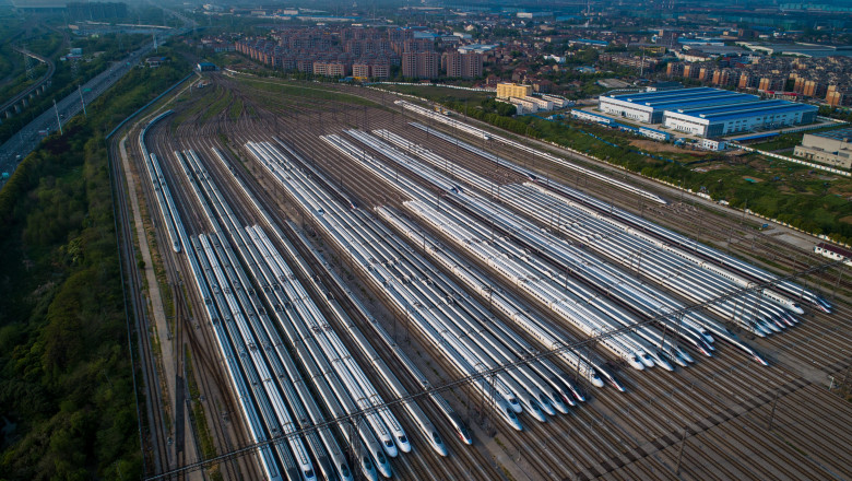 High-speed Trains in Wuhan Waits for Restart