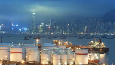 Preţurile petrolului au crescut cu aproape 10% într-o săptămână, în cel mai mare salt săptămânal din ultimele luni