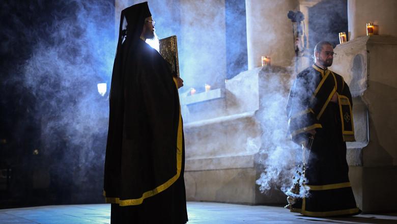 preot slujba biserica profimedia-0514204905