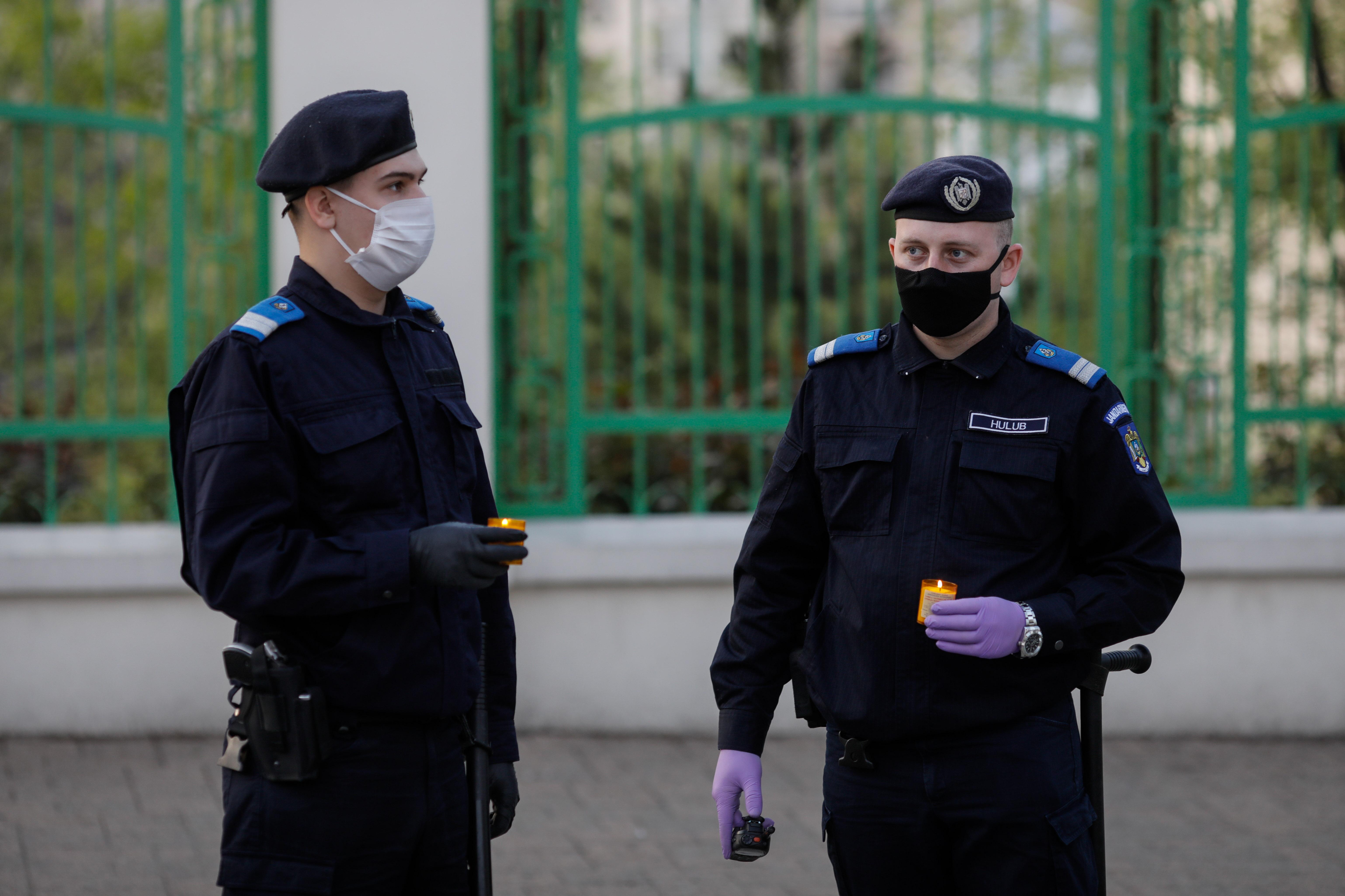 politie paste 2020 ID136302_INQUAM_Photos_George_Calin