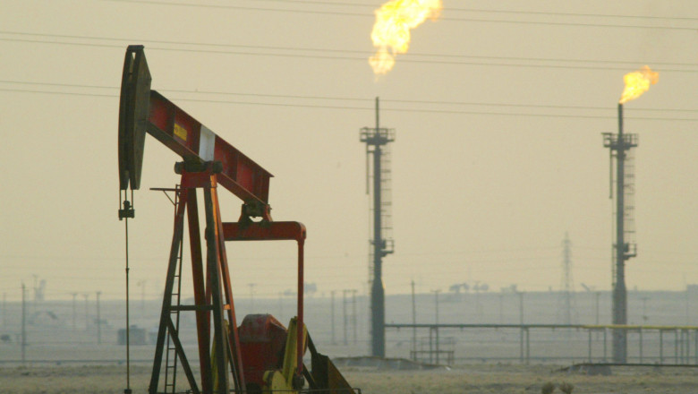 Kuwait Promises To Increase Oil Production In Case Of War