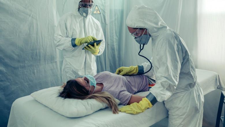 coronavirus doctor medic