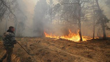 Incendiile de pădure la Cernobîl continuă de mai mult de o săptămână