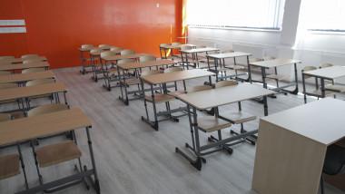 scoala-elevi-sala-clasa-inqauam-ganea (4)