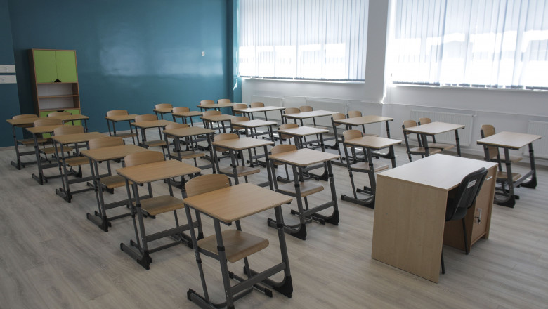 scoala-elevi-sala-clasa-inqauam-ganea (5)
