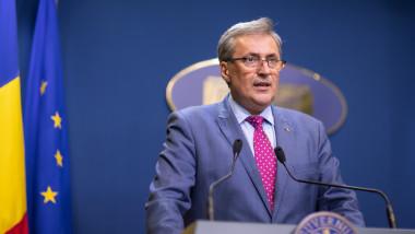 marcel-vela-gov (3)