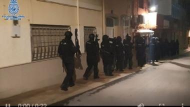momentul arestarii unui luptator jihadist, in spania
