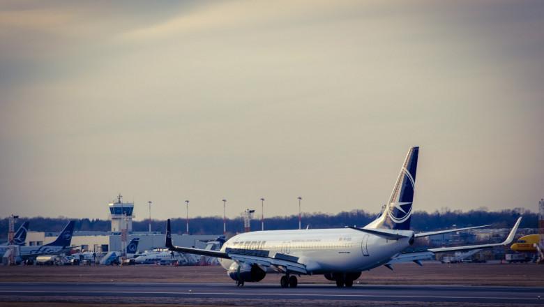 avion-tarom-aeroport-otopeni
