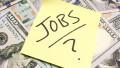 CCreşte numărul românilor care rămân fără loc de muncă