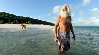 Cum a trăit în izolare timp de 23 de ani un milionar excentric care s-a retras pe o insulă pustie
