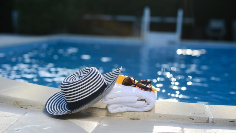 GettyImages-turism piscina prosop