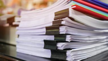 GettyImages-hartii hârțogăraie birocrație documente