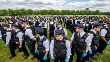 politie londra protest hyde park antipandemie