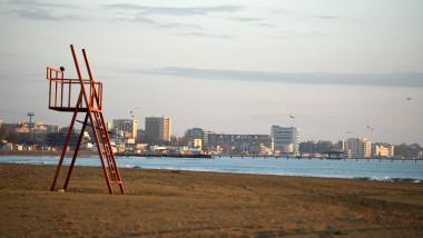 agerpres mamaia litoral plaja