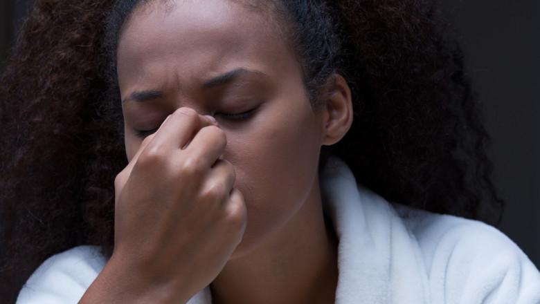 În cât timp îți recapeți mirosul după infecția COVID?