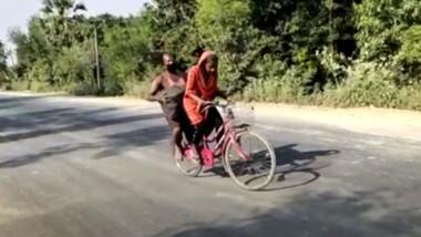 Și-a salvat tatăl ducându-l 1.500 km pe bicicletă