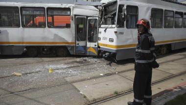 accident-tramvai-sura-mare-bucuresti-inquam-ganea (4)