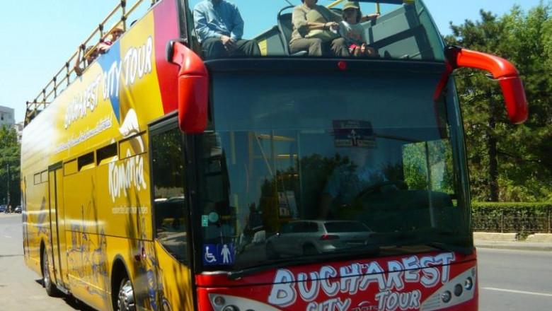 autocar turisti
