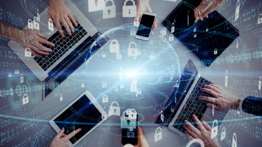 GettyImages securitate retea 5g internet dispozitive laptop telefon