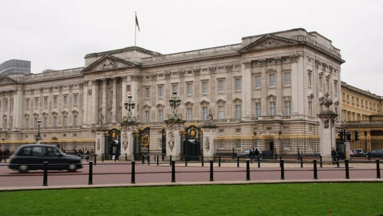 palatul buckingham royal uk
