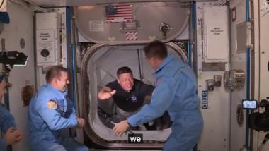 intalnire astronauti - captura YT