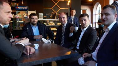 zelenski la cafenea - president.gov.ua