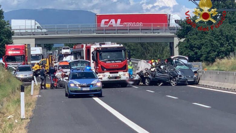 accident-rutier-italia-4-morti-romani