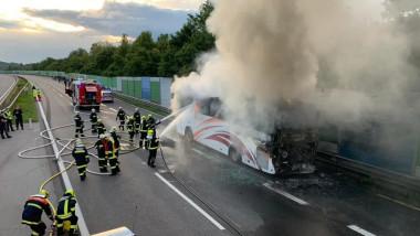 incendiu autocar Austria