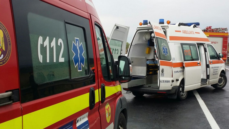 Un bărbat a murit şi patru tinere au fost rănite în urma unui accident rutier produs la ieşirea din Slatina