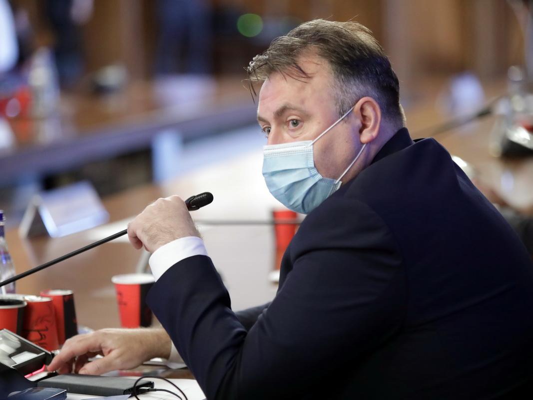 Avertismentul ministrului Sănătății: Se poate muri şi la 30-35 de ani. Ce spune Nelu Tătaru despre măsurile de relaxare