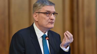Președintele Consiliului Fiscal, Daniel Dăianu, a declarat vineri că România nu este într-o criză economică mai mare decât cea în care se află Europa sau SUA