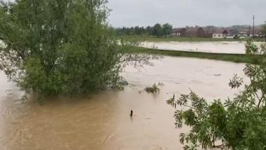 inundatii caras