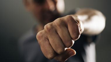 barbat violenta abuz pumn getty