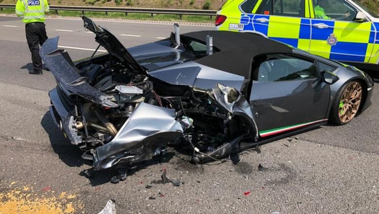 accident Lamborghini