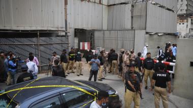 profimedia-atac armat karachi