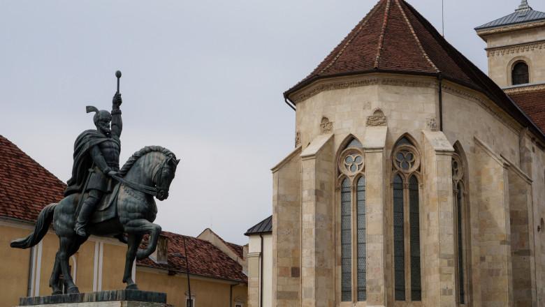 Statue of Mihai the Brave and Cathedral in Alba Iulia, Romania