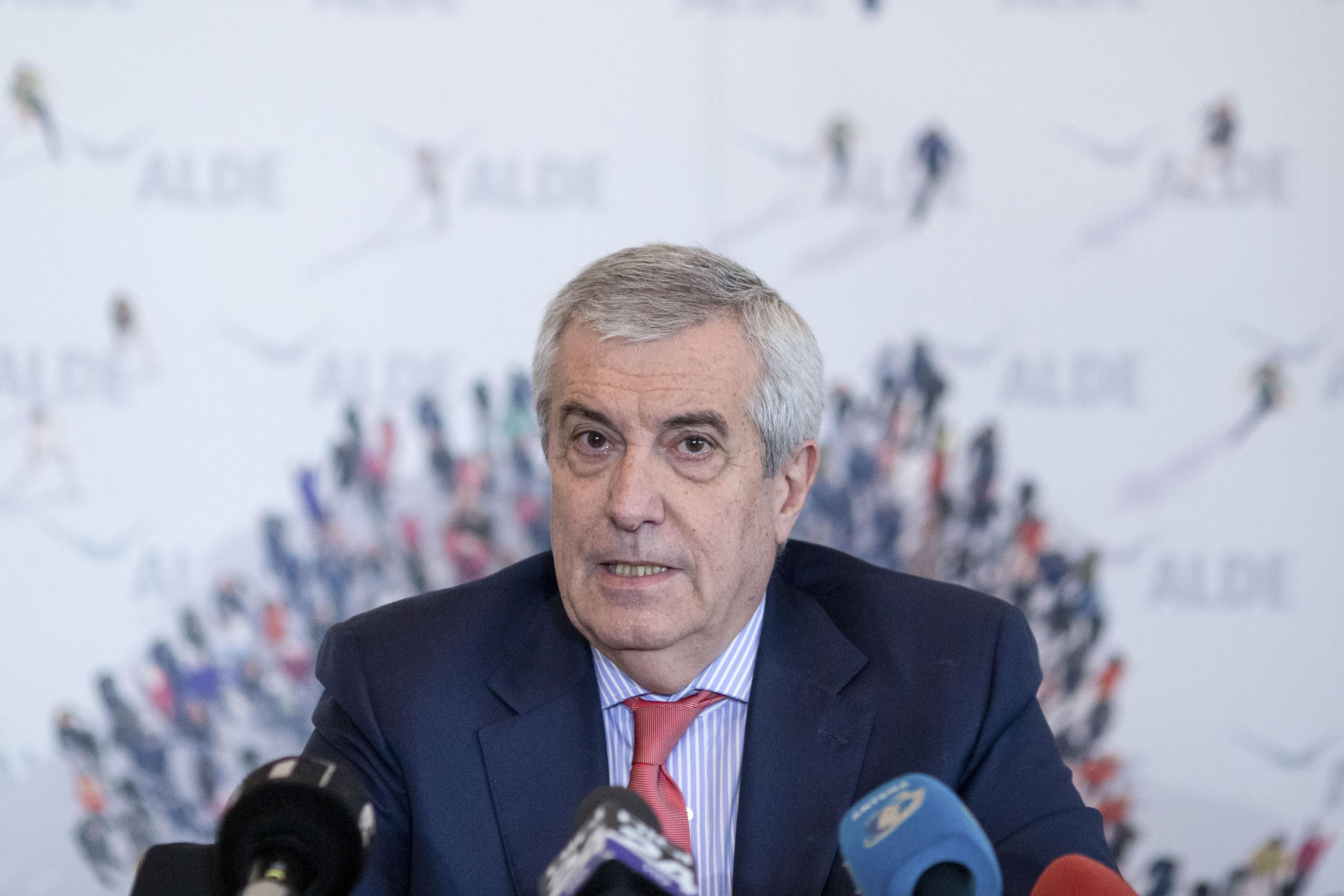 Tăriceanu: Iohannis e doar un spectator la negocieri. Îl așteptăm la Parlament pentru a explica ce și-a propus România