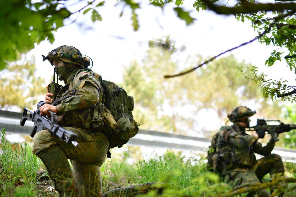 Germania îşi dizolvă parţial forțele speciale, din cauza scandalurilor privind legăturile cu extrema dreaptă