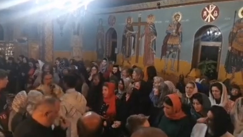 """Slujba de la mănăstirea Acoperământul Maicii Domnului"""" din Gheorghițeni, Dorna-Arini, oficiată de Arhiepiscopul Teodosie."""