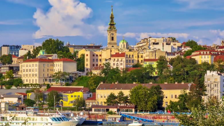 În Belgrad au fost reintroduse restrictiile anti-COVID